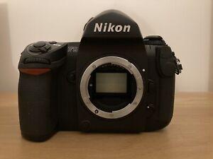 Nikon F6 Film Camera - Broken LCD Display