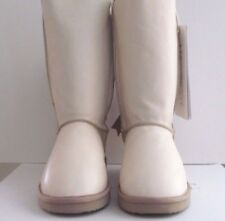 Moovboot Off White Leather  & Sheepskin Shearling Winter Boots Size: 8 $390.