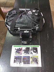 Pet Bicycle Carrier Baskets Bike Front Bag Basket Bag Pet Puppy Dog Cat. NOS