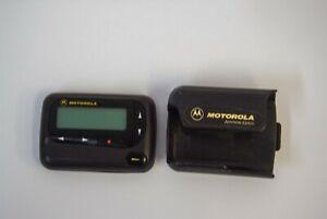 Motorola Unication Advisor Gold 460.2750 Mhz Alphanumeric Pager w Holster