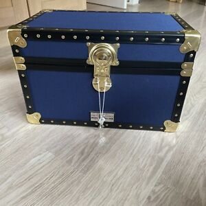 Tuck Box/storage Trunk