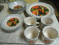 Rare 16 Piece Setting For 4 Christmas Poinsettia Dinnerware