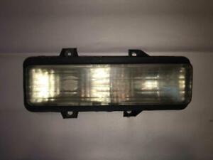 89-91 Chevy GMC Blazer Suburban R/V Truck PARKING LIGHT TURN SIGNAL RH Side