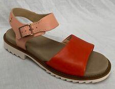 BNIB Clarks Ladies Ferni Fame Light Pink Combi Leather Flat Sandals