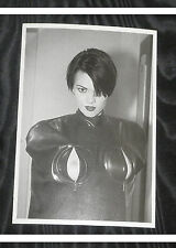 Eric Kroll postal Beauty Parade erotismo Black Rubber Body Bag boops biquini Hot