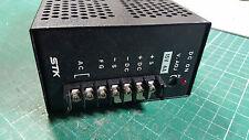 Modo de conmutación fuente de alimentación 15 V 4 Amp 60 W, STK marca.