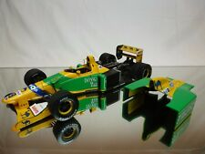 MINICHAMPS BENETTON B192 FORD 1992 No 19 - SCHUMACHER - F1 1:18 RARE - GOOD