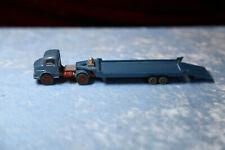 Wiking MB Zugmaschine mit Tieflader ca. 60er  Hänger in Blau  Im Maßstab ca. 1:8