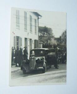 FM194 FOTO AUTO FIAT 1100 CON CARABINIERE
