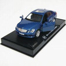 Altri modellini statici di veicoli Mercedes colore blu