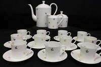 25 Pc Vintage Limoges China Gold Leaf Pattern Demitasse Cup & Saucer Set, France