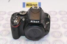 Nikon D5100 Digitalkamera - Nur 3159 Klicks - 12 Monate Gewährleistung