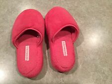 Bath & Body Works Pink Slippers Size S/M Gently used