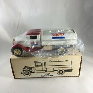 ERTL Exxon Tanker Truck Die Cast Coin Bank 1/34 Scale GB-4076