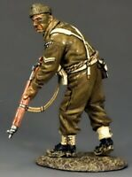 KING & COUNTRY D DAY DD197 BRITISH COMMANDO ADVANCING RIFLEMAN MIB