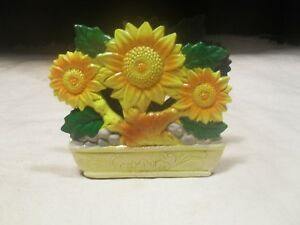 New Plastic ~ Daisy Flowers in Pot Design Napkin Holder ~ Hand Painted
