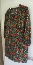 LADIES PRETTY BLACK FLORAL PRINT TOP by MILLERS size 12