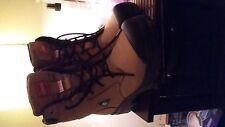 Chaussure de contruction avec cap d'acier