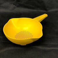 Vintage Tupperware 1 QT Small Colander Strainer 1200-9 Yellow Retro 80's Kitchen