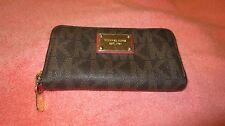 MICHAEL KORS SIGNATURE CLUTCH CELL PHONE WALLET ZIP AROUND COIN PURSE iPHONE MK