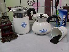 Corning Ware - 4 Cup Coffee & 6 Tea Pot - Cornflower Blue Corningware P124, P104