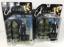 The X-Files Fight The Future McFarlane Action Figures 1998 Agent Scully & Mulder
