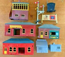 TRIANG OO BUILDINGS STATION TICKET OFFICE KIOSK SIGNALS SIGNAL BOX WORKMANS HUTS