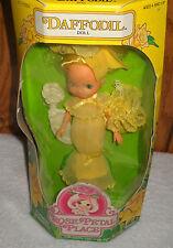 #7615 Nrfb Vintage Kenner Rose Petal Place Daffodil Doll