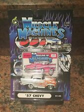 1:64 MUSCLE MACHINES 57 Chevy In White /flames