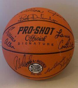 Milwaukee Bucks 1973 – 74 team signed Basketball Abdul-Jabbar, The Big O JSA LOA