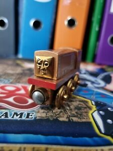 Bronze Diesel - Thomas the Tank Engine Wooden Railroad - USED