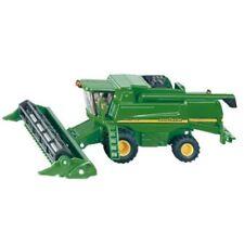 Vehículos agrícolas de automodelismo y aeromodelismo SIKU de plástico de color principal verde