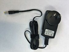 AC CHARGER FOR TOM TOM TO SUIT:  G0710 / 910