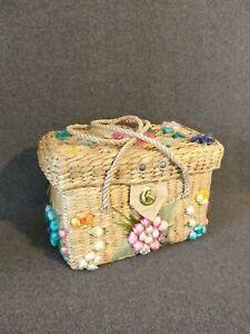 Vintage BOHO Basket / Woven Purse - Bag - Philippines - Flowers