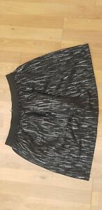 Ladies NEW LOOK Skirt Size 14