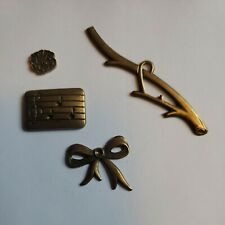 4 misc Group #23 ribbon music scrapbook jewelry charm craft metal Gold Tone New