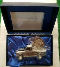 Corgi 1:43 LAND ROVER 07150 MILLENNIUM COLLECTION Chrome NIB RARE #2130/3000