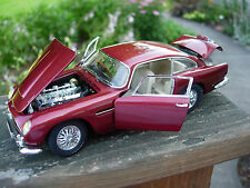 Danbury Mint 1/24th Scale 1964 Aston Martin DB5 Coupe-BOX-PAPERS-