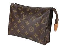 LOUIS VUITTON Toiletry 19 Monogram Canvas Leather Pouch Accessories Clutch Bag