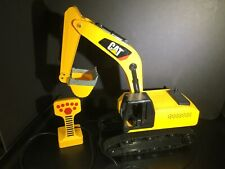 Toy CAT Caterpillar Remote Control RC Excavator Tractor Digger Truck Yellow