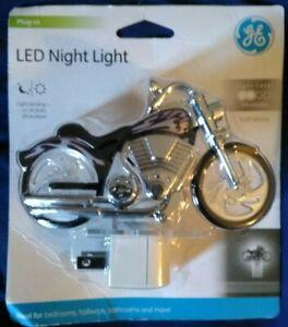 GE LED Motorcycle Night Light Light Sensing Plug In Soft White Light