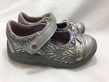 Stride Rite SRT Willow Arcane 5.5 Toddler Silver Metallic Sneakers animal print