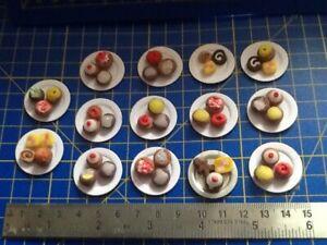 1:12 Scale Round Empty Biscuit Cake Tin Tumdee Dolls House Kitchen Food Bt13