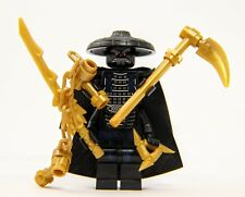 LEGO® Ninjago - Lord Garmadon with 4 Gold Weapons and Capes