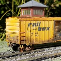 Athearn HO Railbox 50' Weathered boxcar metal wheels rtr series