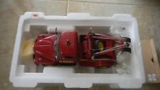 Danbury Mint 1953 Chevy Wrecker Red 1:24 Scale Diecast Model Tow Truck