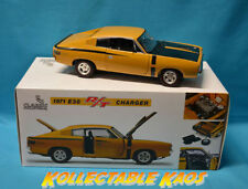 Classic Carlectables Chrysler Contemporary Diecast Cars, Trucks & Vans