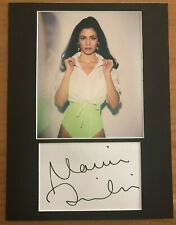 Marina and the Diamonds   **HAND SIGNED**  16x12 mounted display  ~ AUTOGRAPHED