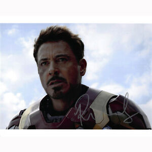 Robert Downey, Jr. - The Avengers (11930) - Autographed In Person 8x10 w/ COA