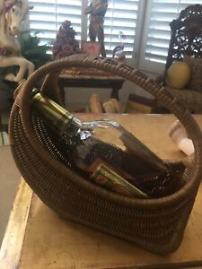 Vintage Wicker Wine Carrier Server Basket Wine Caddy Golden Color